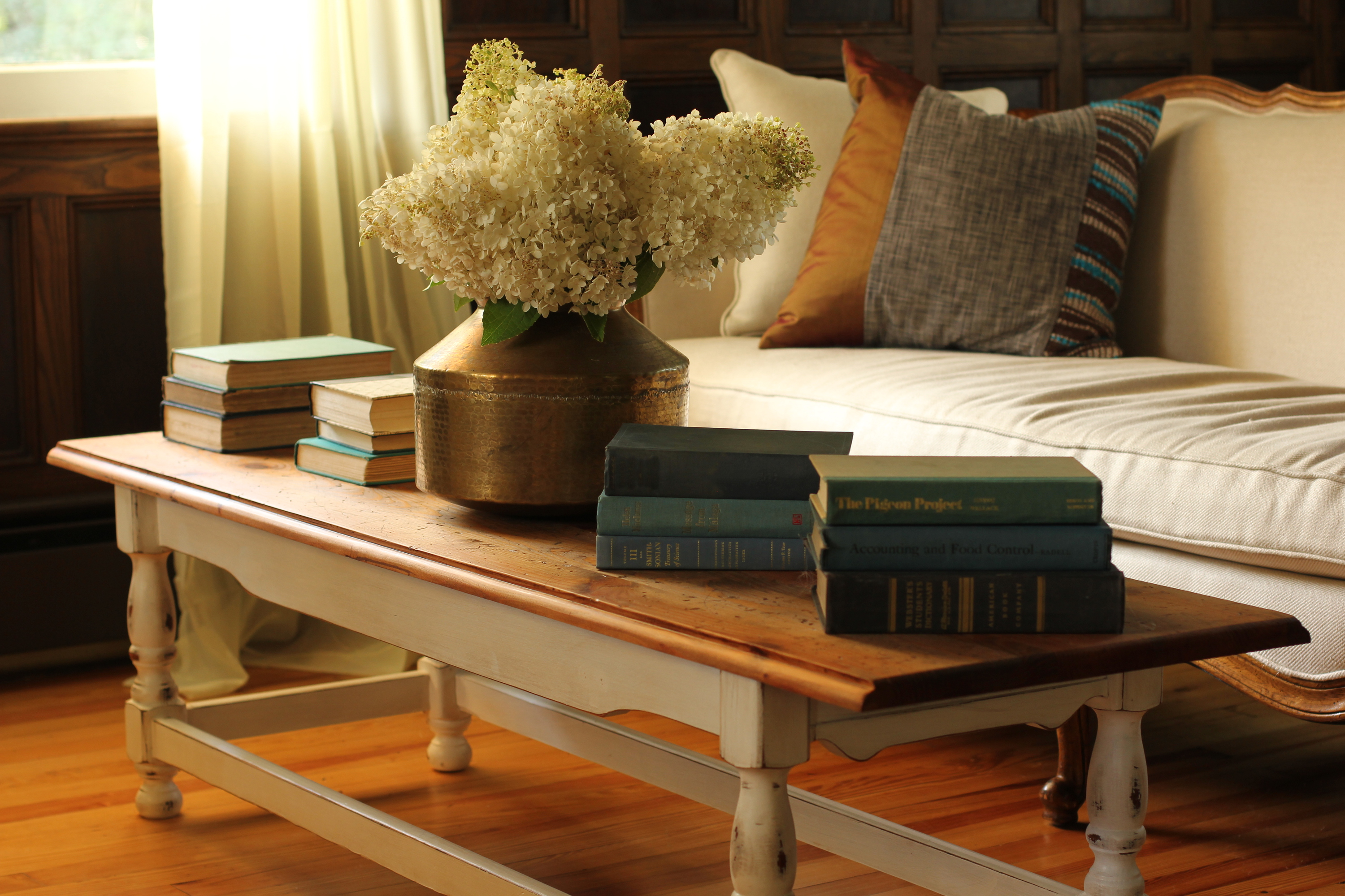 Coffee Table – The Farmhouse Project